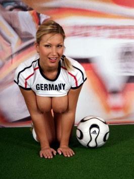 oskyldig tysk bröst